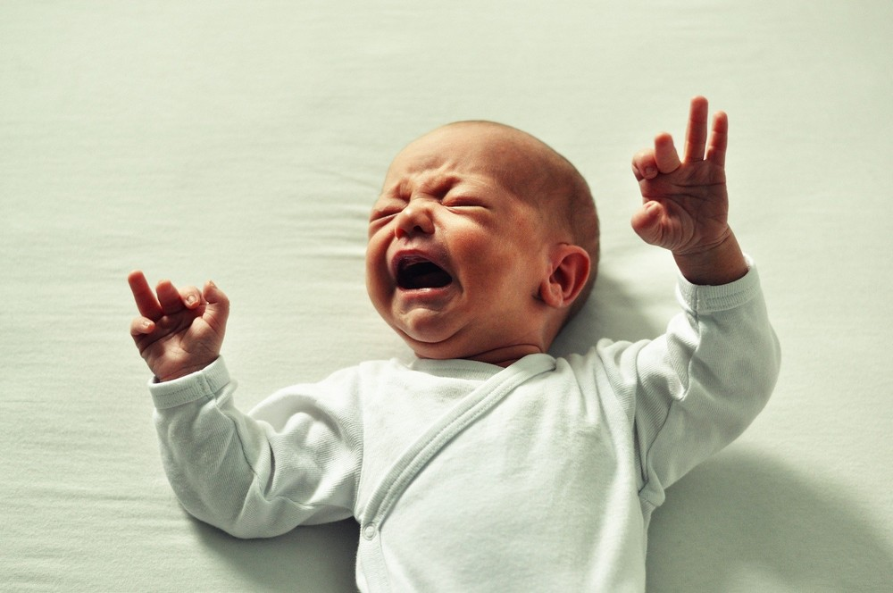 Bébé qui est en pleurs